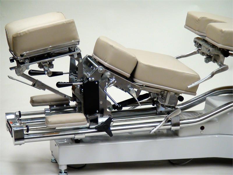 225 Zenith Hylo Chiropractic Adjusting Table