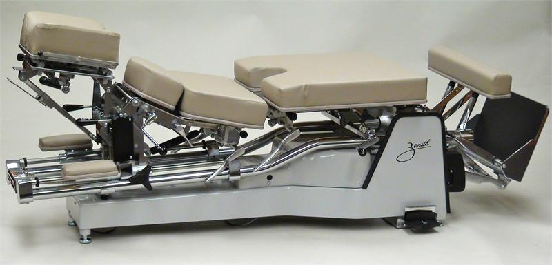 225 Zenith Hylo Chiropractic Adjusting Table