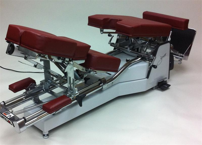 210 Zenith Hylo Chiropractic Adjusting Table