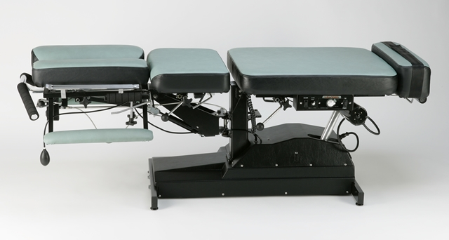 Le95 Series Motorized Flexion Distraction Table